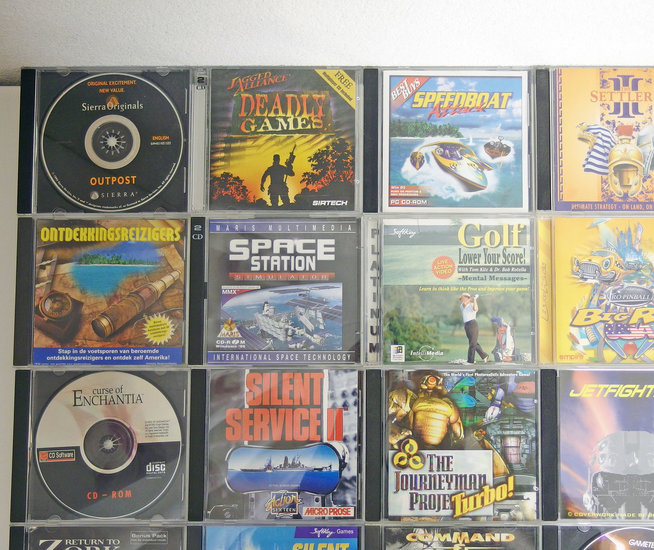 Lot of 35 original PC CD-ROM games - DOS Windows 3 1 3 x 95 98 386