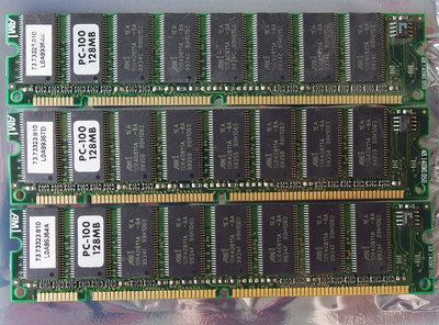 Set 3x AM1 73.73323.810 128MB 384MB kit PC100 168-pin DIMM SDRAM memory modules