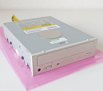 COMPAQ LTN-323 32x CD-ROM player 5.25'' internal PATA drive white front - CD-R IDE P/N 179137-714