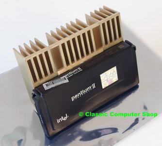 Intel Pentium II Klamath SL2HE 266MHz slot 1 SECC processor w/ heatsink - CPU P2 2 PII cartridge 66MHz FSB
