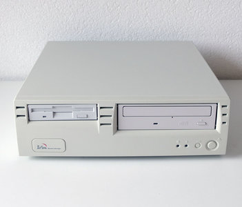 Custom SFF desktop PC Celeron 1.8GHz | 256MB RAM | 8GB CF | CD-ROM | FDD | Windows 2000 - PCI AGP parallel LPT USB