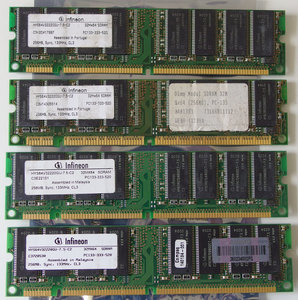 Set 4x Infineon HYS64V32220GU-7.5-C2 / COMPAQ P/N 140134-001 256MB 1GB kit PC133 CL3 168-pin DIMM SDRAM memory modules