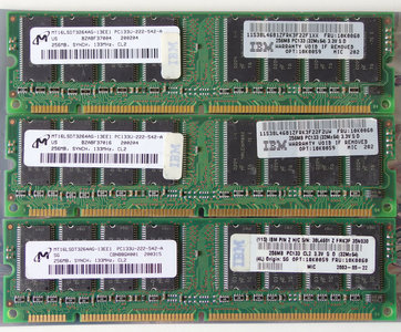 Set 3x Micron MT16LSDT3264AG-13EE1 / IBM FRU 10K0060 256MB 768MB kit PC133 CL2 168-pin DIMM SDRAM memory modules