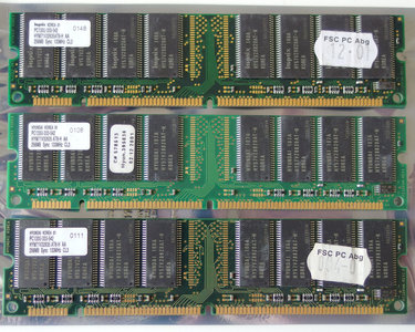 Set 3x Hyundai HYM71V32635 AT8-H AA 256MB 768MB kit PC133 CL3 168-pin DIMM SDRAM memory modules