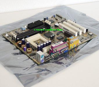 Asus CUWE-RM rev. 1.01 socket 370 mATX PC motherboard main system board - S370 Pentium III 3 PIII P3 Coppermine Celeron FC-PGA VGA sound PCI USB Intel 810E