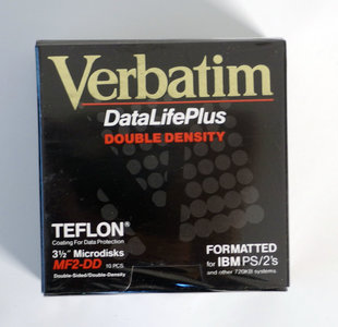 New & sealed Verbatim DataLifePlus 3.5'' MF2-DD DS/DD double sided double density floppy disks IBM formatted box of 10p - vintage retro 80s teflon