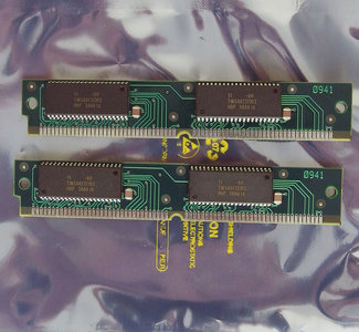 Set 2x Texas Instruments TI TMS48C121DZ-80 333-0133-80 ? KB kit 80 ns 80ns 68-pin SIMM VRAM memory modules - vintage retro 90s Apple Quadra 610 650