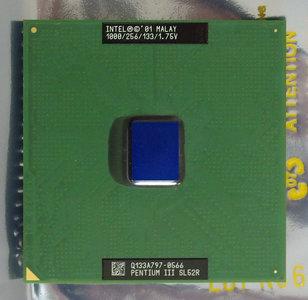 Intel Pentium III Coppermine SL52R 1 GHz socket 370 processor - CPU PIII P3 3 1000MHz S370
