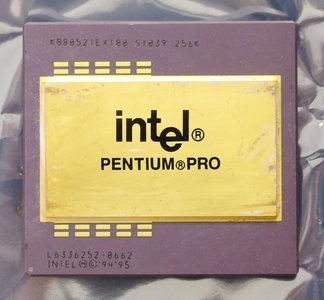Intel Pentium Pro KB80521EX180 SY039 180 MHz socket 8 processor - 180MHz CPU vintage retro 90s