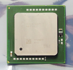 Intel Xeon SL7PG 3.4 GHz 1 MB L2 cache 800 MHz FSB socket 604 processor - CPU 3.4GHz S604