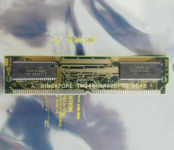 Texas Instruments TI TM248GBK32U-70 8 MB 8MB 70 ns 70ns 72-pin SIMM non-parity EDO RAM memory module - vintage retro 90s