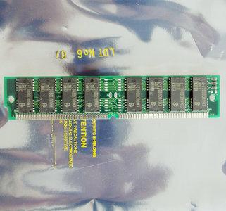 Samsung KMM5321000CV-7 4 MB 4MB 70 ns 70ns 72-pin SIMM non-parity FPM RAM memory module - vintage retro 90s