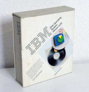 IBM DOS 4.00 English 3.5'' disk PC operating system complete in box - CIB vintage retro 80s