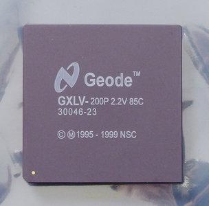 NSC Geode GXLV-200P 2.2V 85C processor - CPU