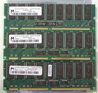 Set 3x Micron MT18LSDT1672CG-10CC2 / COMPAQ 306431-001 128MB 384MB kit PC100 CL3 168-pin DIMM ECC SDRAM memory modules