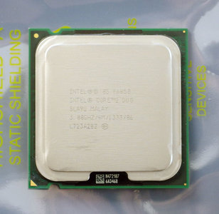 Intel Core 2 Duo E6850 SLA9U 3.0GHz 4MB L2 cache 1333MHz FSB LGA775 processor - CPU socket 775