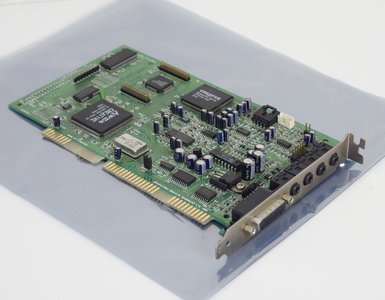 Creative CT4380 Sound Blaster AWE64 Value audio 16-bit ISA PC card - 486 Pentium DOS Windows vintage retro 90s
