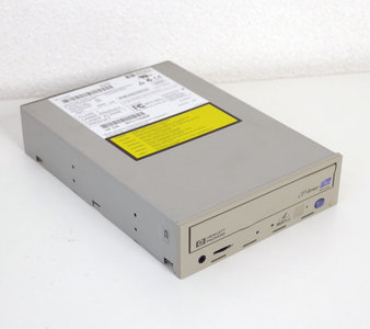 HP Hewlett-Packard CD-Writer Plus 9300 Series C4492 10x4x32x 5.25'' internal PATA drive grey front - CD-RW CD-R/RW burner IDE