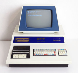 Commodore PET 2001-8C blue first version 1978 microcomputer - rare special early vintage retro 70s
