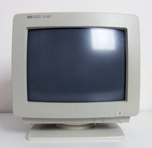 HP Hewlett-Packard D1182B VGA color 14'' CRT PC monitor - Vectra vintage retro video graphics display beige
