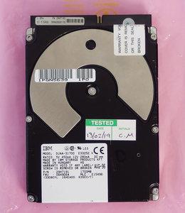 IBM DJAA-31700 3.5'' internal PATA 1.7GB hard disk drive HDD - IDE 1.7 GB FRU P/N 06H9064 29H7191 Hitachi vintage retro 90s