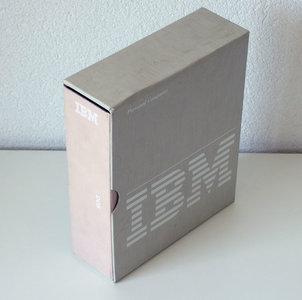 IBM DOS 2.10 English 5.25'' floppy disk PC operating system complete in box - CIB vintage retro 80s
