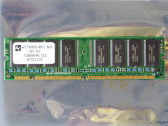 Hyundai-HY57V64820HGT-H-128MB-PC133-CL3-168-pin-DIMM-SDRAM-memory-module