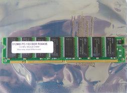 Infineon-HYB39S256400CT-8-512MB-PC133-168-pin-DIMM-SDRAM-memory-module