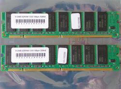 Set-2x-Samsung-K4S560832D-TC75-512MB-1GB-kit-PC133-CL3-168-pin-DIMM-SDRAM-memory-modules