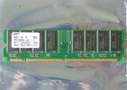 Samsung-M366S3323DTS-C7A-256MB-PC133-CL3-168-pin-DIMM-SDRAM-memory-module