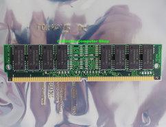 Texas-Instruments-TI-TM124BBK32-70-4MB-70ns-72-pin-gold-contacts-SIMM-non-parity-FPM-RAM-memory-module-vintage-retro-90s