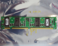 Kingston-KTC2428-64-64-MB-64MB-PC133-CL3-168-pin-DIMM-SDRAM-memory-module