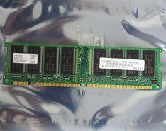 IBM-FRU-P-N-19K3293-Hyundai-HYM7V63801-BTFG-75-BA-64-MB-64MB-PC133-CL3-168-pin-DIMM-SDRAM-memory-module