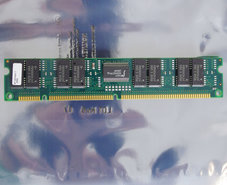 Micron-MT16D164G-7-16-MB-16MB-70-ns-70ns-168-pin-gold-contacts-DIMM-parity-FPM-RAM-memory-module