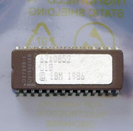 IBM-PC-XT-5160-1986-BIOS-U18-EPROM-62X0852-28-pin-DIP-chip-vintage-retro-80s