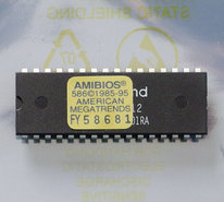 American-Megatrends-AMIBIOS-586-1985-95-PC-BIOS-ROM-32-pin-DIP-chip-vintage-retro-90s