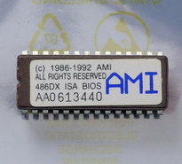 American-Megatrends-AMI-486DX-ISA-1986-1992-PC-BIOS-ROM-28-pin-DIP-chip-vintage-retro-90s
