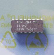 IBM-2164-20-64Kx1-8KB-200ns-16-pin-DIP-RAM-DRAM-memory-chip-vintage-retro-80s