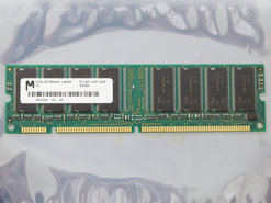 Micron-MT8LSDT864AG-10EB4-64MB-PC100-CL2-168-pin-DIMM-SDRAM-memory-module