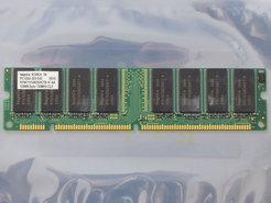 Hynix-HYM71V16635HCT8-H-AA-128MB-PC133-CL3-168-pin-DIMM-SDRAM-memory-module