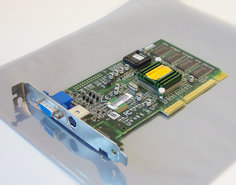 Diamond-Speedstar-A70-SiS-6326-8MB-VGA-AV-out-graphics-video-AGP-PC-card-adapter-vintage-retro-90s