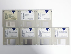 Microsoft-Windows-3.1-English-3.5-disk-PC-operating-system-vintage-retro-90s