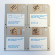 IBM-OS-2-version-1.20-English-3.5-disk-PC-operating-system-vintage-retro-80s-90s